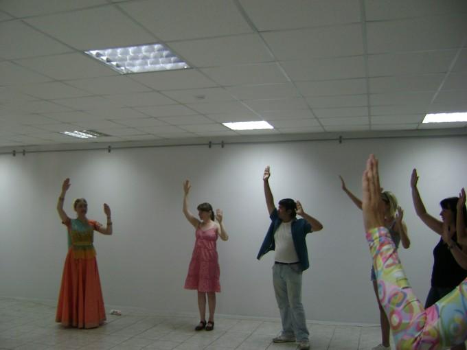 Урок символического индийского танца